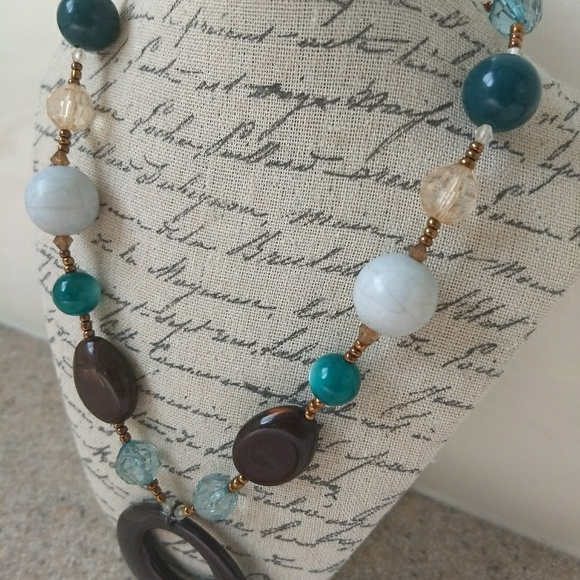 *5 for $25 sale* Brown and teal beaded necklace